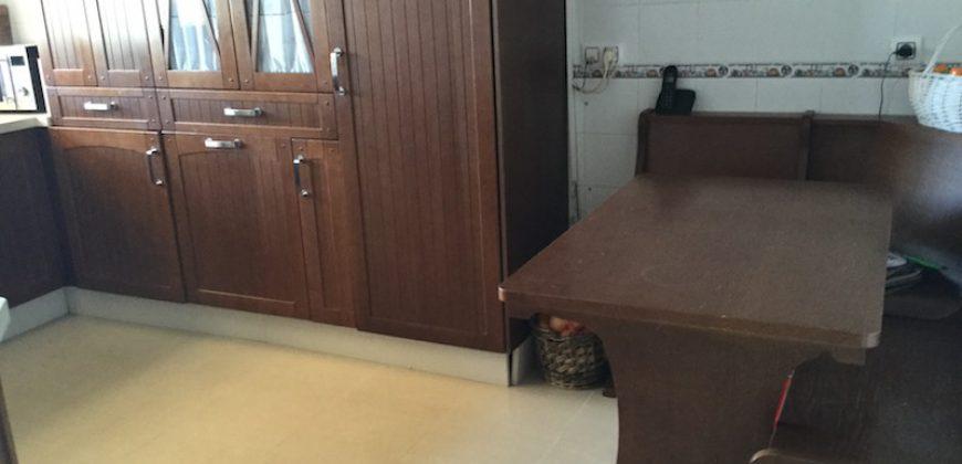 Chalet Pareado en Condequinto con Piscina