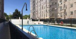 Piso con piscina y patio en La Negrilla