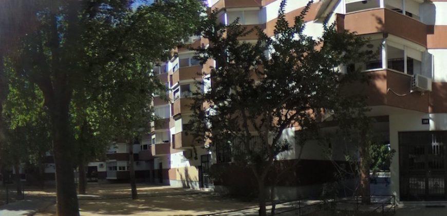 Piso Avenida Ronda del Tamarguillo-La Oliva